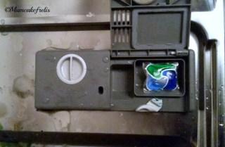 Fairy Platinum Dishwasher