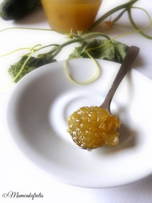 Ricetta per fare la marmellata di cetrioli con poco zucchero aromatizzata con la vaniglia , marmellate fatte in casa, composta di cetrioli, jam cucumber recipe handmade. Dalani.it must have estate Dalani food blogger