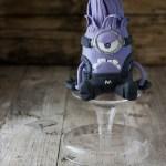 minion viola pupazzo