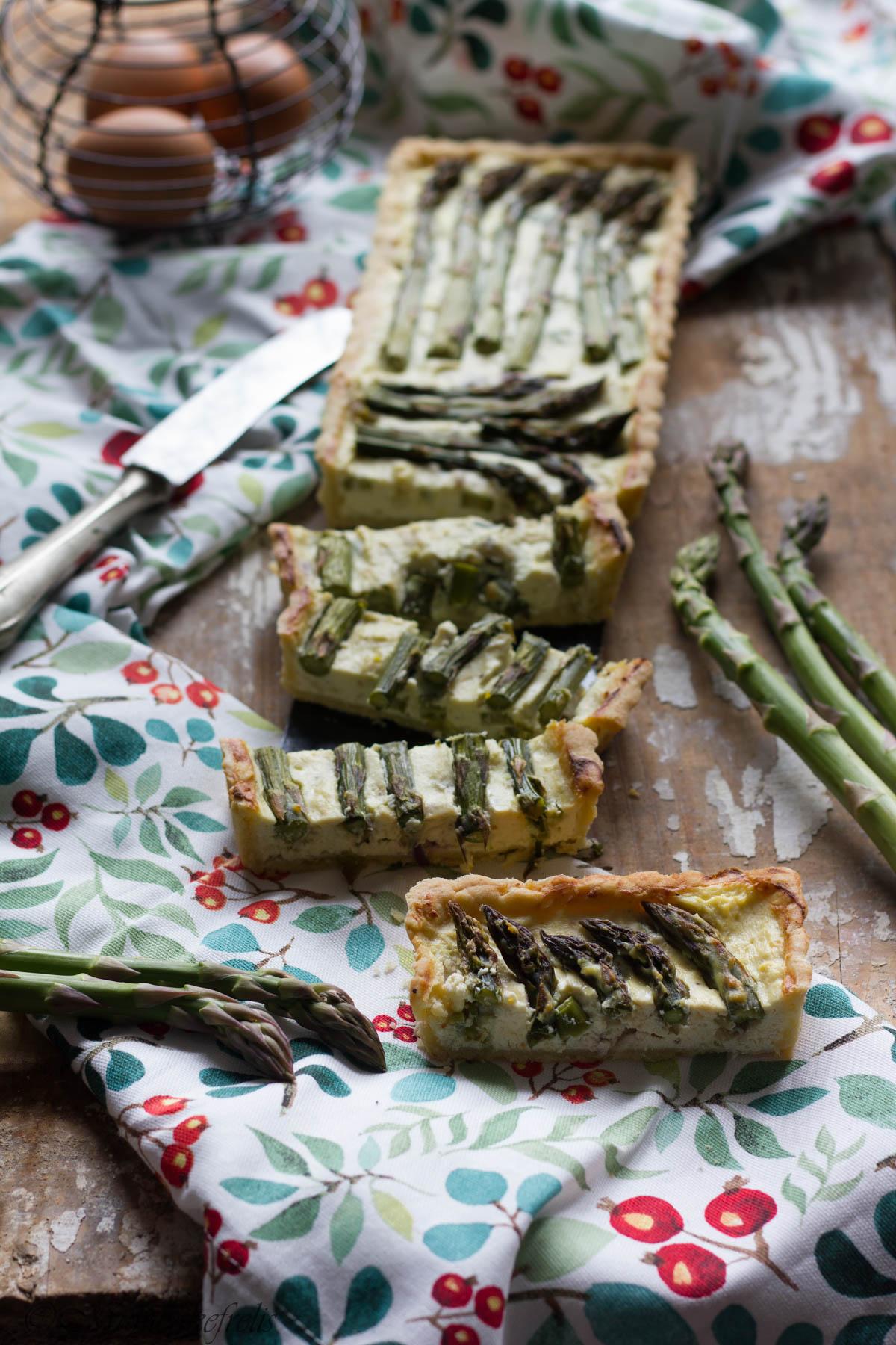 crostata con asparagi