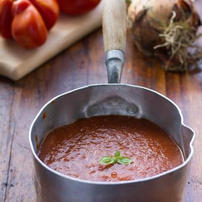 La passata di pomodoro in slow cooker