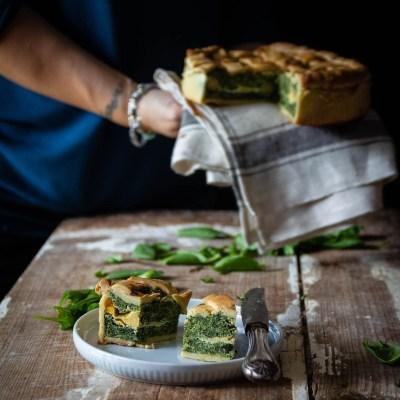Torta salata di spinaci, con uova e ricotta.                                        5/5(2)