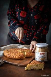 frittata di pasta senza glutine con crema la tartufo e ragù di tacchino
