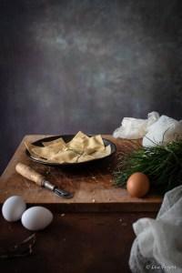la ricetta dei ravioli ripieni di ricotta e agretti