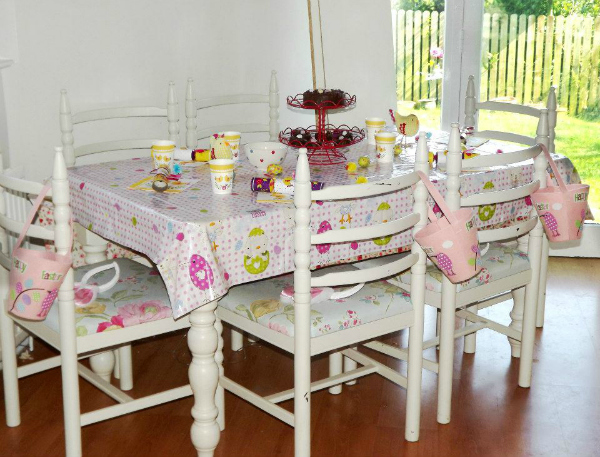 Auntie Charlotte's Easter table for the kids