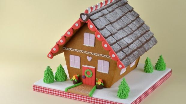 how to ice a cake with ready to roll icing how to ice a gingerbread house