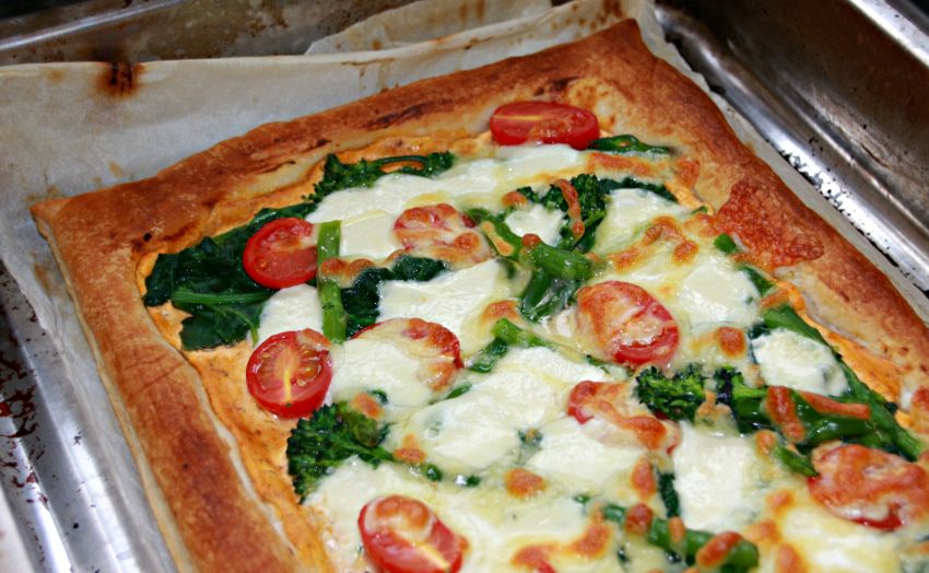 puff pastry pizza with spinach, asparagus and broccoli