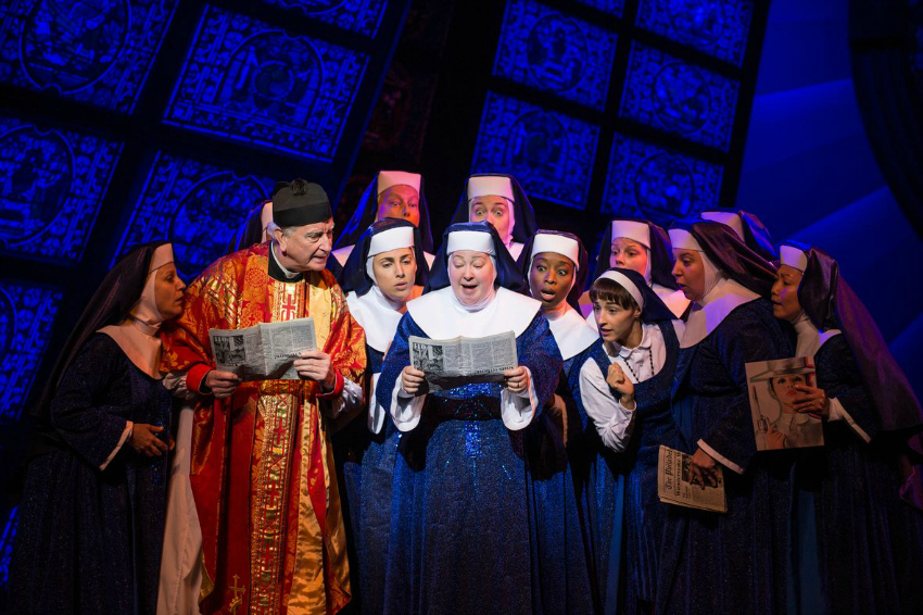 little loves Sister Act Musical Berlin