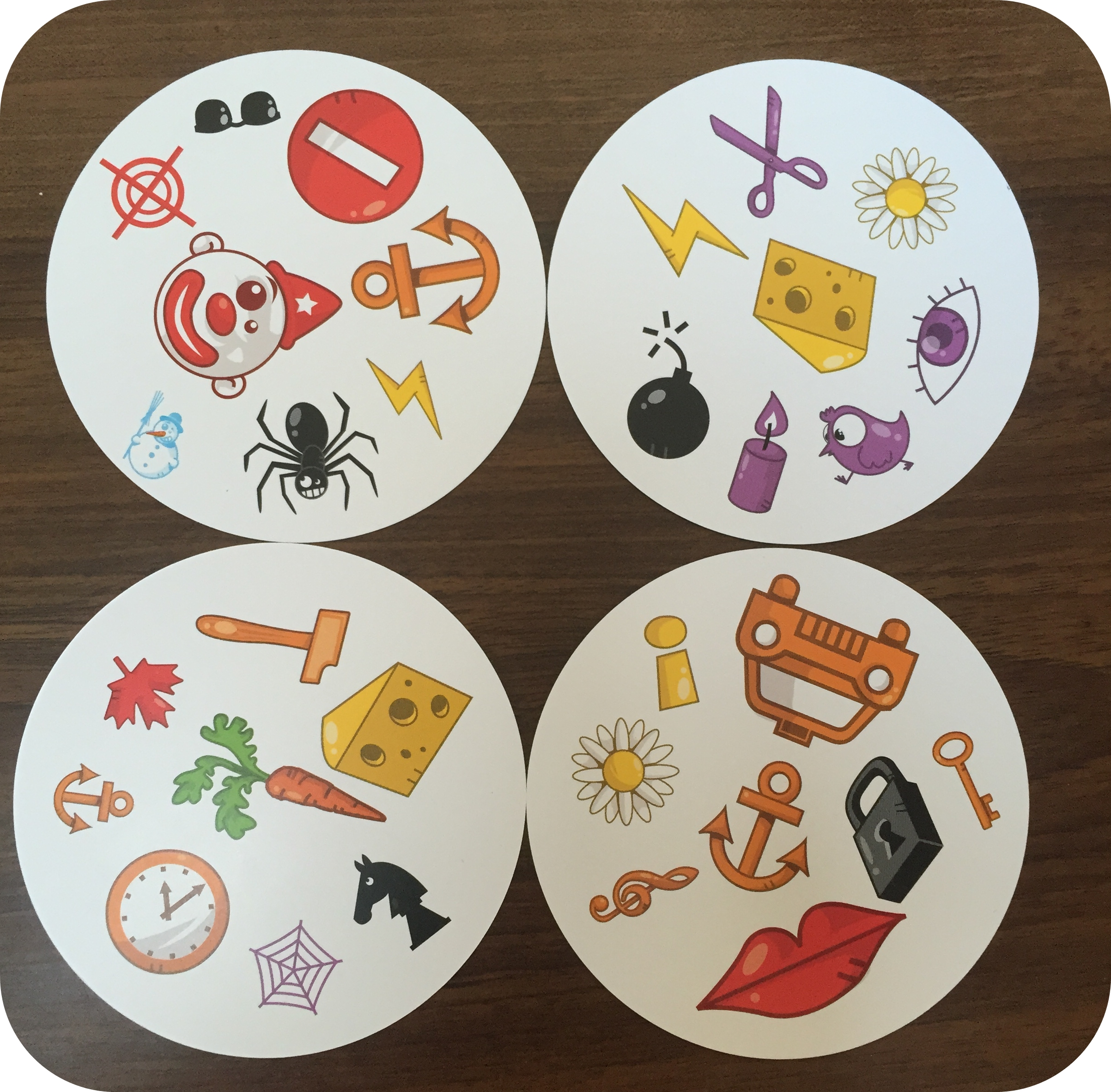 Review And Giveaway Dobble From Esdevium Games Mummy