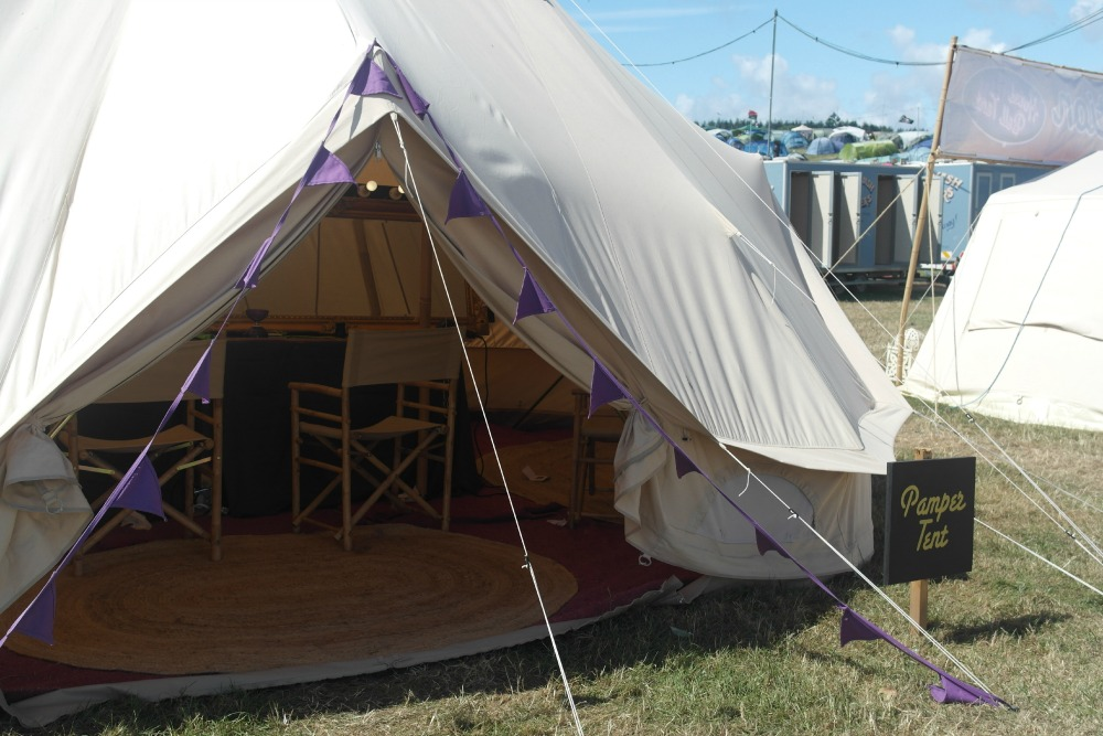 Hotel Bell Tent Pamper Tent