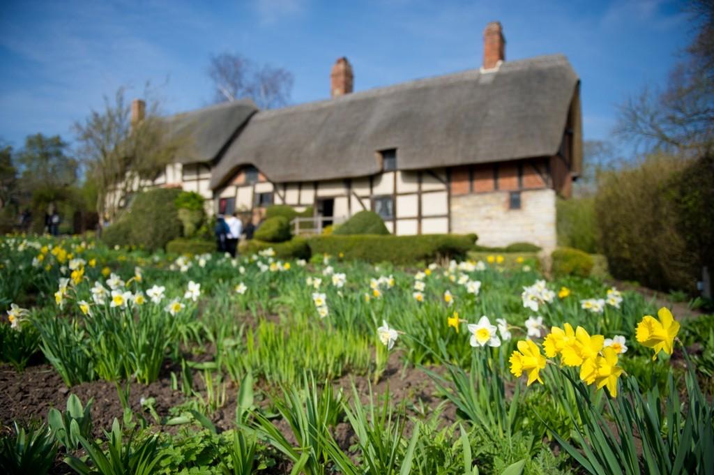 Anne Hathaway's Cottage - spring