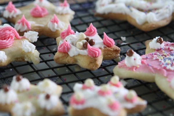 Ornate Star Biscuits (Cooking with Children)
