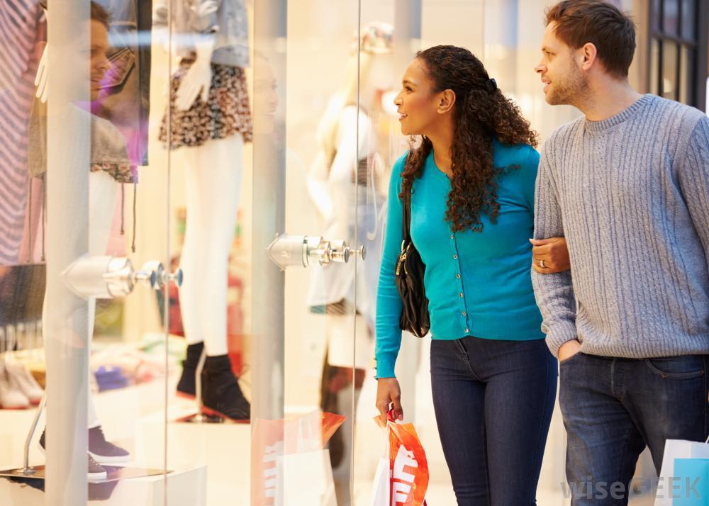 Weekend Shopping Savings Tips