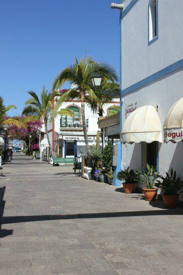 gran-canaria-puerto-mogan-street2