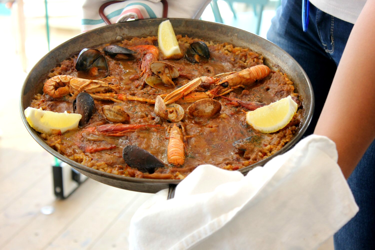 Paella at Nui Beach Club in Calella - how to spend one day in Calella, Costa Barcelona, Spain