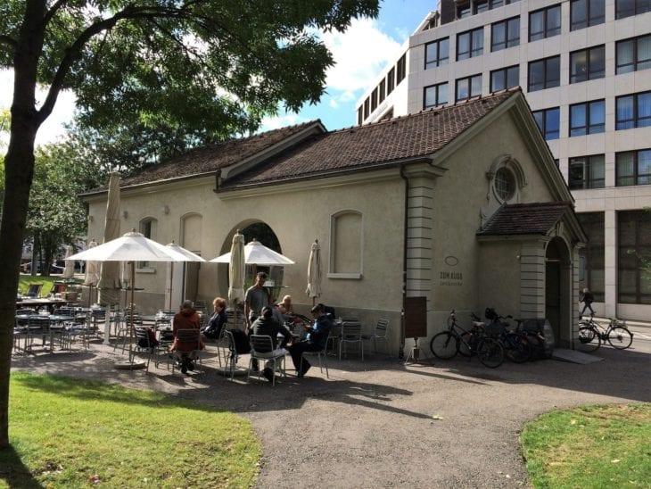 Zum Kuss bar cafe in Basel