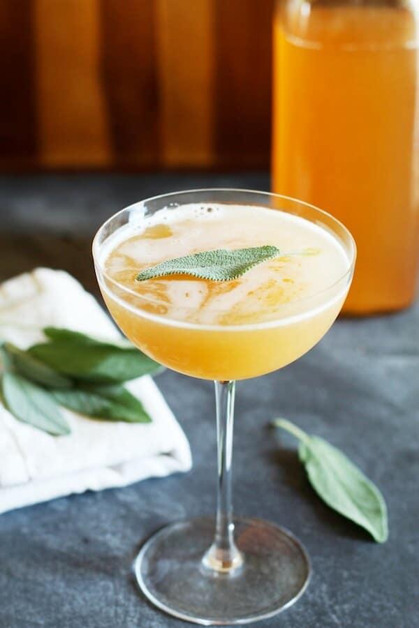 Peach-Shrub-Apple-Cider-Mocktail-Set-the-Table (1)