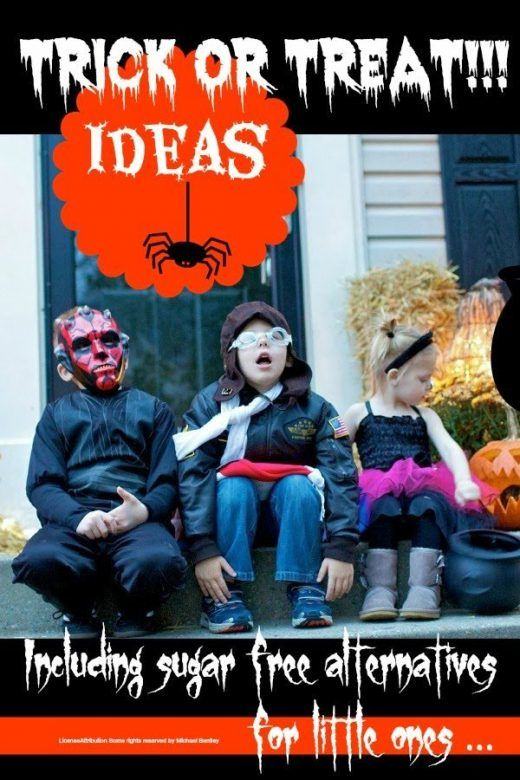 Trick or treat ideas to give to trick or treaters this Halloween. Halloween trick or treat bag ideas and alternatives to candy for no-candy treats for kids at Halloween. #Halloween #HalloweenTreats #TrickorTreat #pumpkin #HalloweenParty #Lifehacksforbusymothers