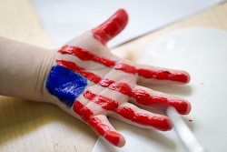 Make Super Easy Handprint Patriotic Craft for the 4th of July