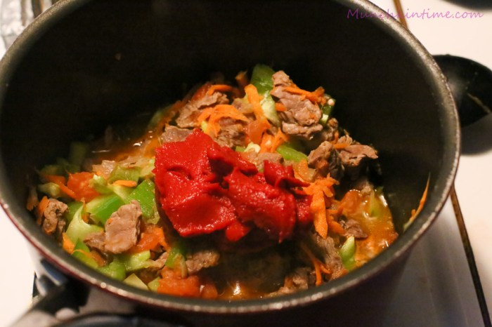 "Beef Soup ""Shurpa"""