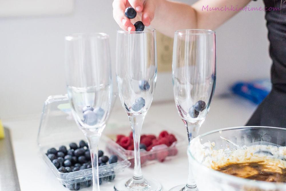 Healthy Greek Yogurt Blueberry and Raspberry Parfait