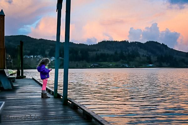 Unexpected Stay at Wheeler Lodge Oregon Coast #WheelerLodge Oregon by Munchkin Time #PNW