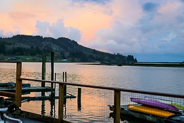 Wheeler Lodge Oregon Coast #WheelerLodge Oregon by Munchkin Time #PNW
