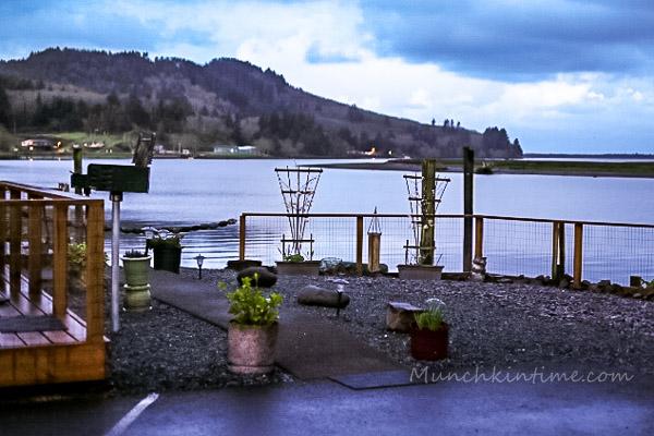 #WheelerLodge Oregon by Munchkin Time #PNW