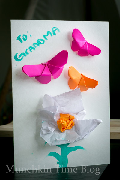 Easy DIY Tutorial: Handmade Mothers Day Card  #mothersdaycraft #mothersdaycraft
