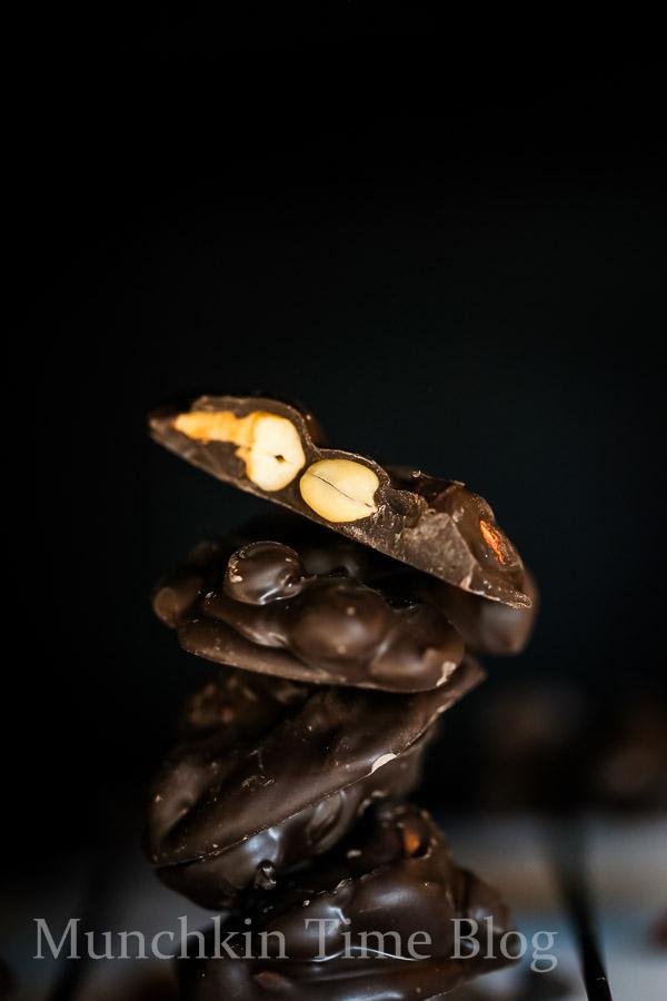 Nut Clusters No Bake Dessert Recipe - www.munchkintime.com #nobakedissert #nutclusters