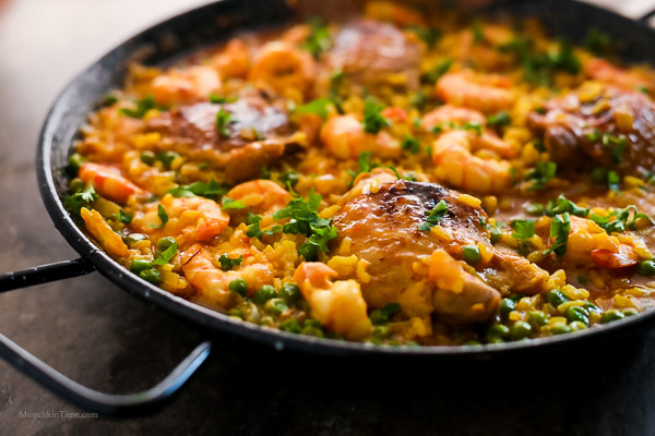 Chicken Thighs and Shrimp Paella Recipe by Love Keil -- www.munchkintime.com #paellarecipe