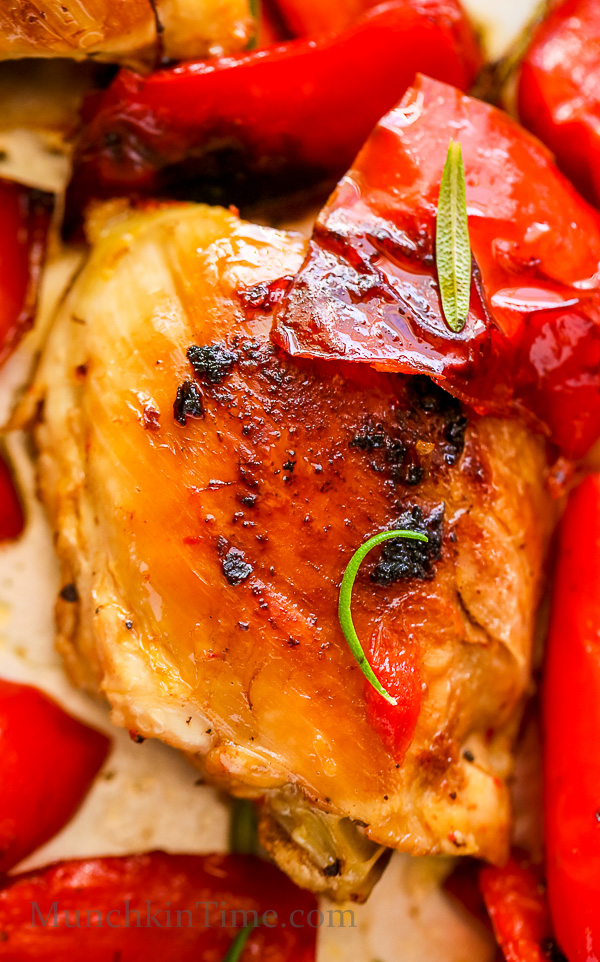 Caramelized Rosemary Chicken Thighs Recipe - delicious dinner ready in just 30-minutes -- http---www.munchkintime.com- #30minutemeal #rosemarychickenrecipe