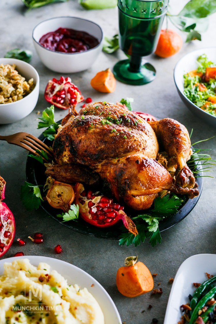 2017 Thanksgiving Dinner Ideas - here are 7 delicious Thanksgiving dishes that you can bring to the table this holiday season.