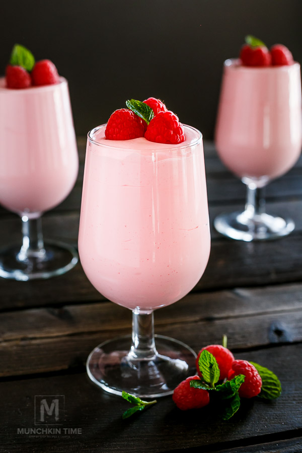 Delicious 5-Ingredient Strawberry Mousse Recipe
