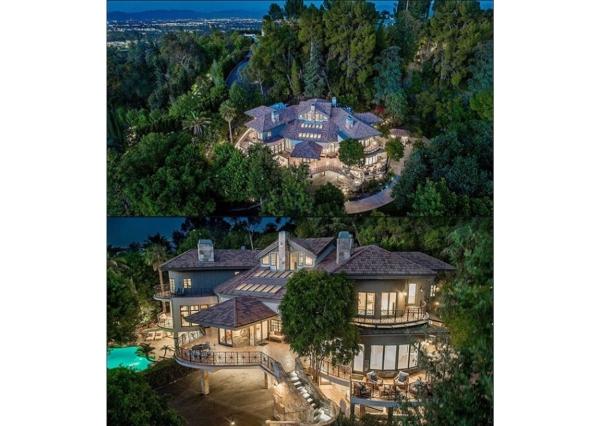 Mansion from Selena Gomez. Realtor (3)