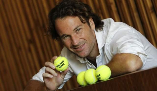 Carlos Moya para Babolat