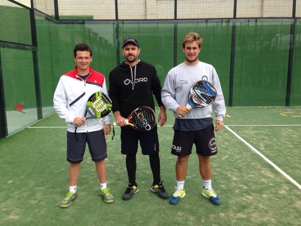 Jordi Muñoz junto a Ernesto Moreno y Caye Rocafort