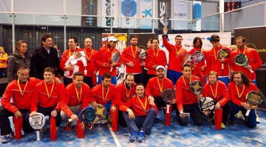 Chicos ganadores Campeonato de España