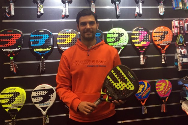 Antonio Luque renueva con Bullpadel