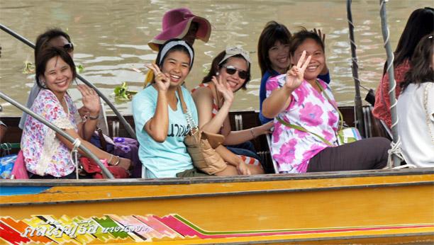 Fotos del Mercado flotante de Amphawa en Tailandia (4)