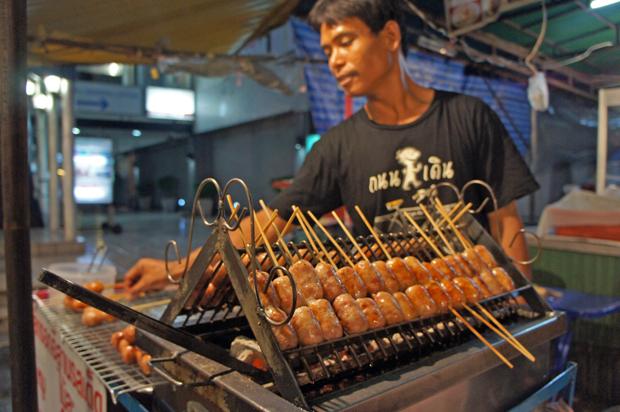 carne-tailandesa-de-calle
