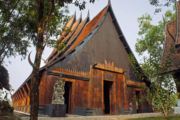 Casa-Negra-de-Chiang-Rai