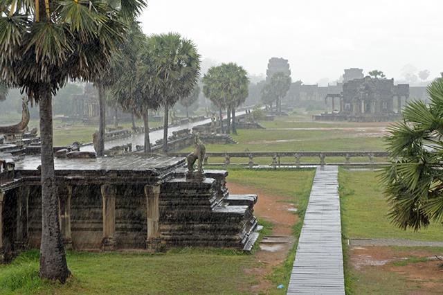 Monzones-en-Angkor-Wat (Copy)