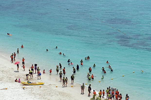 Tailandeses-en-la-playa