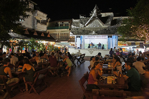Cenando-en-Chiang-rai