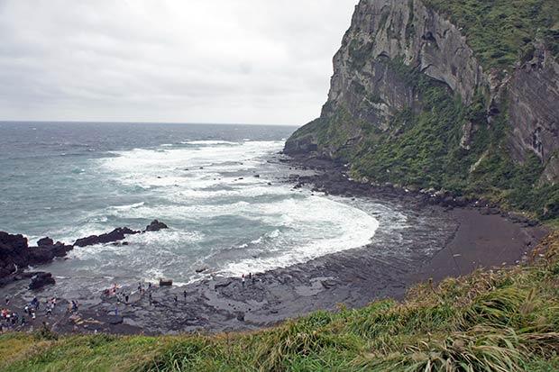 playa-volcanica