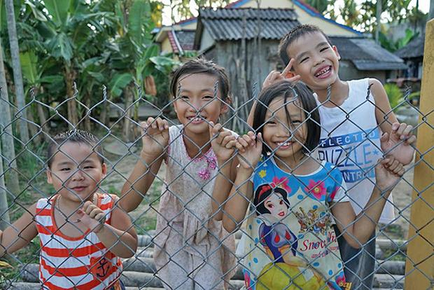 Niños-en-Hoi-An