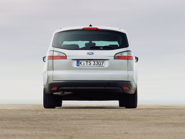ford_s-max_02.jpg