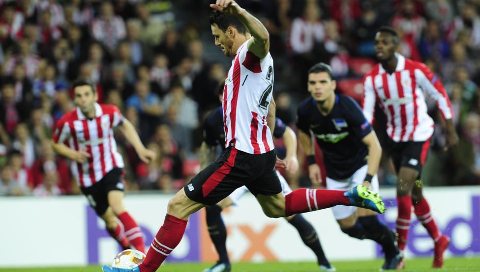 Aduriz volvió a ser decisivo con sus dos goles marcados de penalti