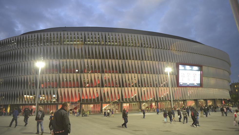 El estadio de San Mames tendrá en su interior un polideportivo